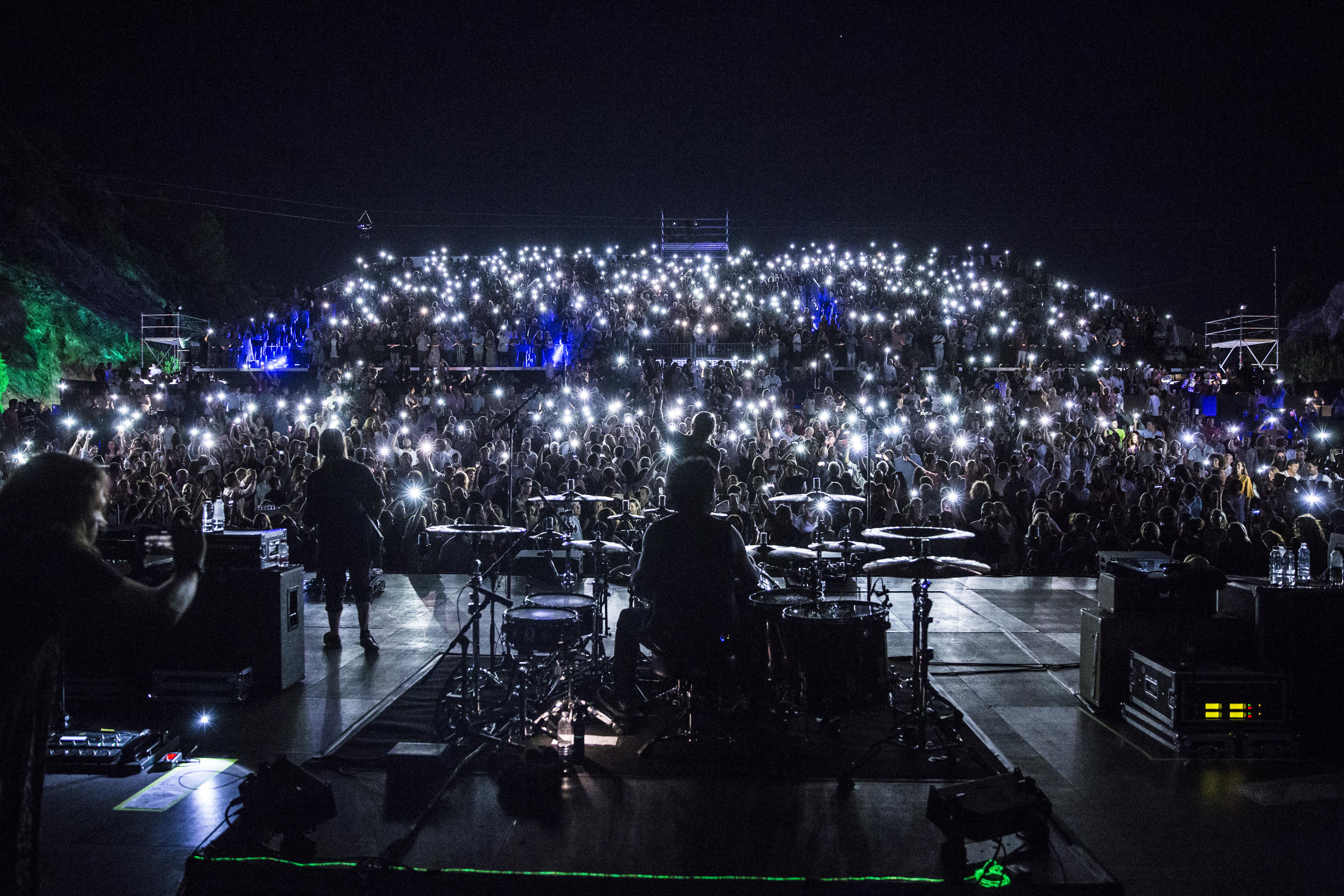 Starlite - Público en el escenario Auditorio